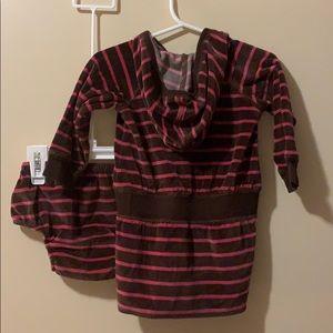 GAP Dresses - Baby gap girls 6-12 month hoodie dress & bloomers